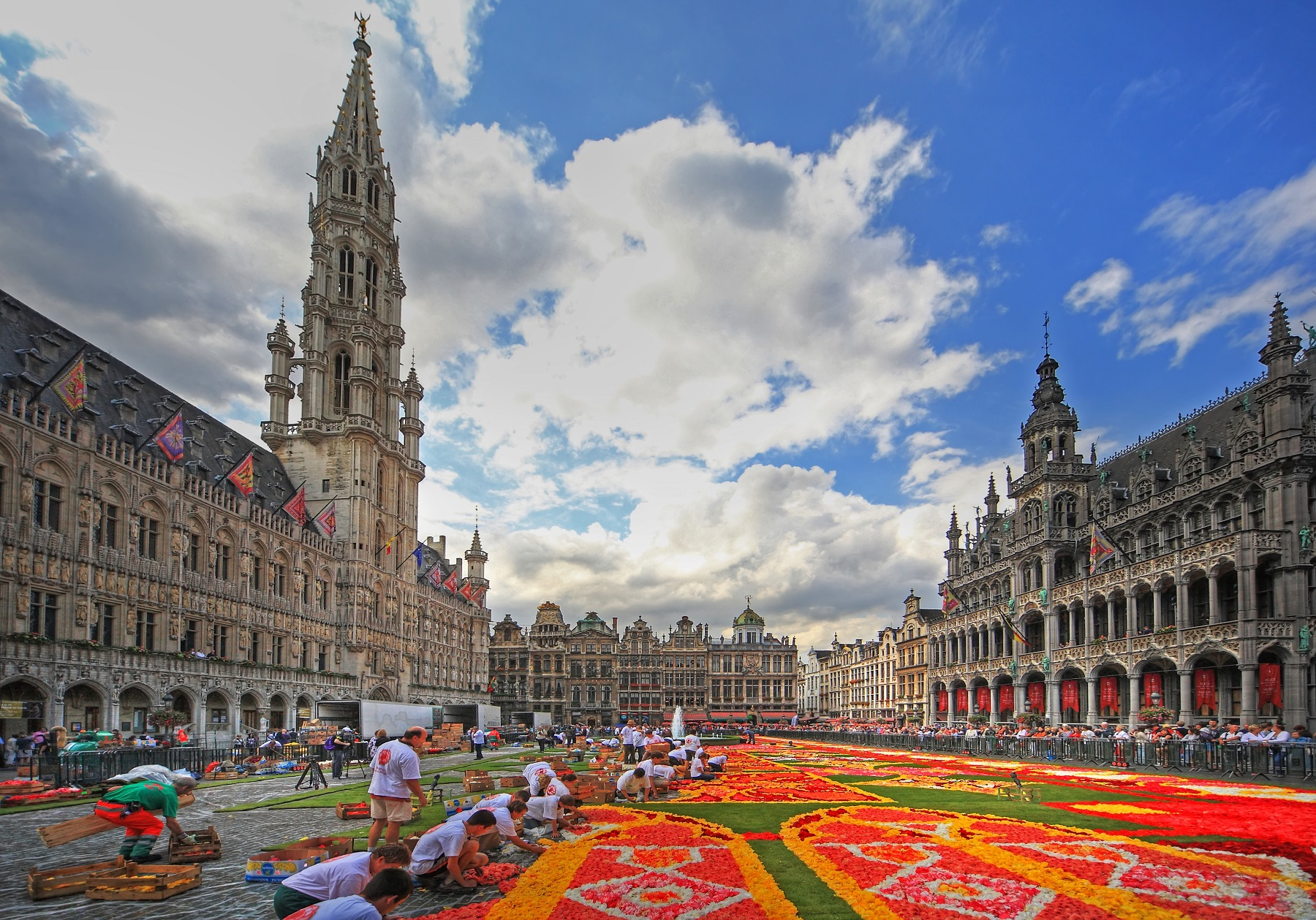 3 day itinerary what to do in brussels taking to the open road - Office de tourisme bruxelles grand place ...